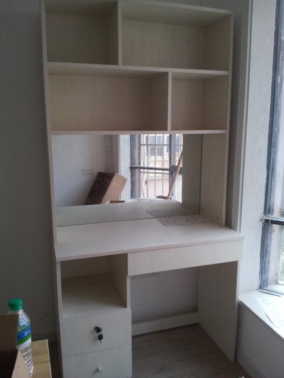 全新家用小书柜兼梳妆台甩卖